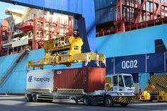 Guindaste de pesagem de carga no Porto de Santos - Embraport