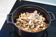 Viltgryte | Gladkokken Frisk, Bacon, Stuffed Mushrooms, Vegetables, Food, Stuff Mushrooms, Meal, Eten, Vegetable Recipes