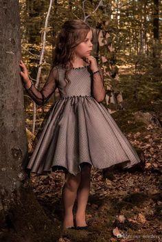 Gowns For Girls, Little Girl Dresses, Girls Dresses, Trendy Dresses, Nice Dresses, Fashion Dresses, Ball Dresses, Ball Gowns, Dresses Dresses