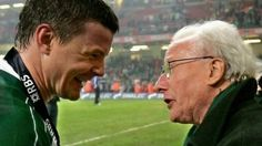 #JackKyle #Rugbylegend with #BrianO'Driscoll after #Ireland completed the Grand Slam in Cardiff in 2009