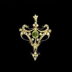 Art Nouveau Peridot and Seed Pearl Lavalier