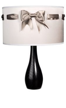 DIY Lampshade. Not big on bows, bit this would be cute in a little girl's room.