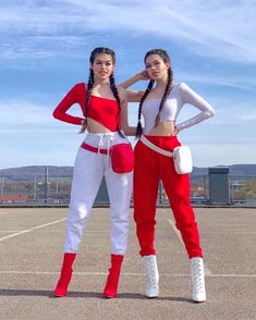 Twin Outfits, Edgy Outfits, Teen Fashion Outfits, Cute Casual Outfits, Girl Fashion, Girl Outfits, Matching Friend, Matching Outfits Best Friend, Best Friend Outfits