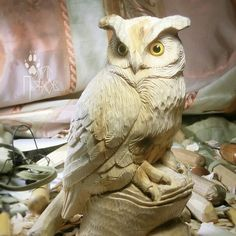 Owl Wood Carving Designs, Wood Carving Art, Owl Art, Bird Art, Wood Sculpture, Sculptures, Chainsaw Wood Carving, Whittling Wood, Ceramic Workshop