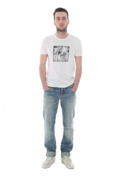 DOLCE & GABBANA - www.assuntasimeone.com  T-SHIRT UOMO DOLCE&GABBANA  70% cotone 30% lino  spedizione gratuita assicurazione gratuita reso gratuito  CLICCA SUL LINK PER ACQUISTARE IL PRODOTTO: http://www.assuntasimeone.com/it/shop/saldi-abbigliamento/2120/t-shirt-uomo-dolce&gabbana.html