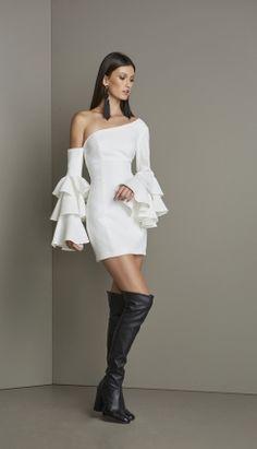 VESTIDO UM OMBRO MANGA BABADOS - VE29266-99   Skazi, Moda feminina, roupa casual, vestidos, saias, mulher moderna