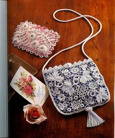 wonderful irish crochet bag; instructions are there;