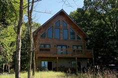 Just Listed! Beautiful #log #chalet #home 3 years young with Year Round #Lakeviews in amenity filled community. Features cathedral ceilings, open floor plan concept, 3 bedrooms, 2 baths, floor to ceiling stone fireplace, expansive family room, loft, & large deck. Move right in! $369,000 #RealEstate #ForSale #PikeCounty #DingmansFerry #LogHome #Chantrealtors Dave Chant & Nicole Patrisso Davis R. Chant Realtors www.chantre.com 570.296.7717