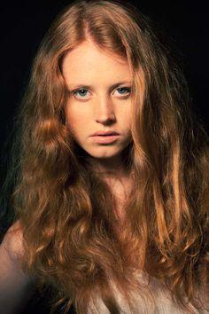 Nicole Novotna Nude Pictures 25