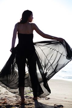 A transparent maxi dress is both chic and very elegant - the perfect summer wardrobe staple!