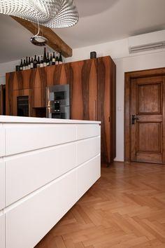 küche r - Möbelbau Breitenthaler, Tischlerei Buffet, Cabinet, Storage, Furniture, Home Decor, Carpentry, Closet Storage, Timber Wood, Clothes Stand