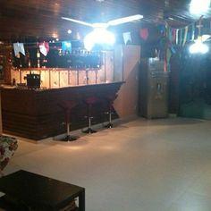 salão de festa - globo de discoteca - bar