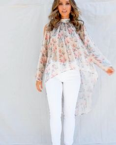 Simple Outfits, Simple Dresses, Chic Outfits, Girls Fashion Clothes, Fashion Dresses, Drape Dress Pattern, Western Outfits Women, Stylish Dresses For Girls, Pakistani Fashion Casual