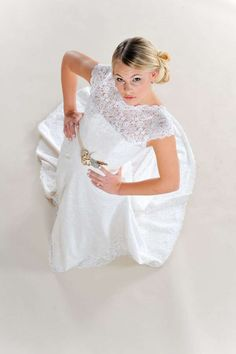Article on eco-friendly wedding dress