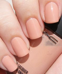 im thinking nude for my wedding nail color