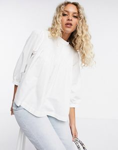 Selected Nova high neck blouse in white Asos, Blouse Col Haut, Nova, High Neck Blouse, Pli, Look Cool, White Tops, Latest Trends, The Selection