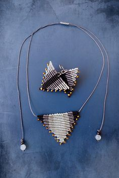 Macrame triangle necklace and earrings in grey colors