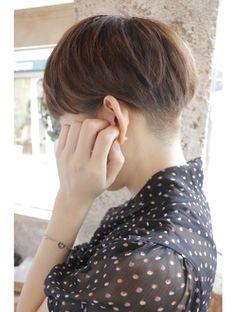 カライング(ing)【+~ing】ツーブロdes 刈り上げベリーショート 3【畠山竜哉】 Shot Hair Styles, Cut Up, Bowl Cut, Unique Hairstyles, Cool Haircuts, Short Cuts, My Hair, Salons, Style Me