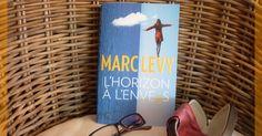 Salut tout le monde Un peu de lecture aujourd'hui. L'HORIZON A L'ENVERS de MARC LEVY. Un livre un peu particulier mais que j'ai beaucoup aimé. J'ai beaucoup pleuré bien rigolé et encore pleuré snif!  J'ai découvert cet auteur grâce à ma belle-maman. C'est un auteur que j'aime beaucoup. J'aime sa façon de raconter de décrire les endroits les personnages... et sa simplicité. Et je le félicite car il a fait un très beau travail de recherche sur la RECHERCHE dans le secteur neurologique. Une…