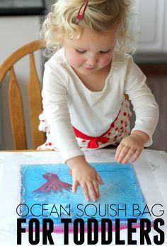 Simple Ocean Squish Bag for Toddlers Summer Activities For Toddlers, Ocean Activities, Toddler Activities, Montessori Toddler, Toddler Preschool, Toddler Crafts, Sensory Bins, Sensory Play, Blue Food Coloring