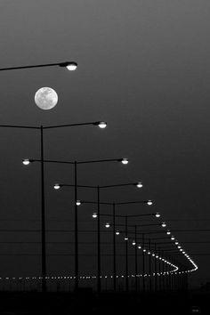 "thevisualvamp: "" guigaboo: "" Michael Kenna (V D K R) "" The light "" Night Aesthetic, Aesthetic Colors, Aesthetic Photo, Aesthetic Pictures, Black And White Aesthetic, Black N White, Preto Wallpaper, Shoot The Moon, Autumn Lights"