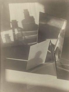 Jaromir Funke, Still Life, 1927 A Level Photography, Object Photography, Experimental Photography, Framing Photography, Still Life Photography, Double Exposure Photo, Still Life Artists, Gelatin Silver Print, Famous Photographers
