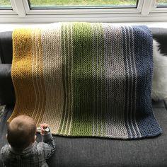 Baby Boy Blankets, Knitted Baby Blankets, Knitted Blankets, Knitting Squares, Loom Knitting, Free Baby Blanket Patterns, Crochet Blanket Patterns, Knit Rug, Baby Boy Knitting