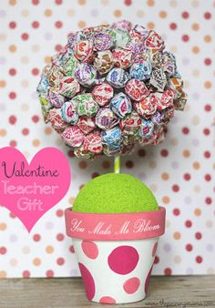 You Make Me Bloom Teacher Valentine by The Pinning Mama Fun gift idea, maybe for christmas?