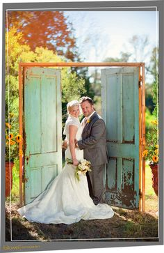 i NEED these doors to walk through at the outdoor ceremony... incredible