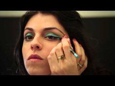 comprando com estilo: tutorial de maquiagem com sombra azulquesa, lápis azulax e batom nudezinho.  #sombra #azul #turquesa #lapis #batom #nude