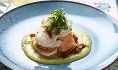 Lomo+de+salmón+fresco+con+vieira+asada+sobre+crema+de+judías+verdes