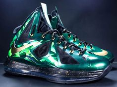 official photos 7cebc ad64a Nike LeBron X