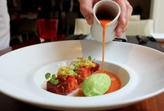 Tomato gazpacho with tuna cube marinated, stracciatella and cucumber ice cream Tomato Gazpacho, Lunch Menu, Tuna, Cucumber, Appetizers, Ice Cream, Restaurant, Business, Desserts