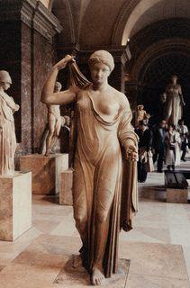 Louvre - Afrodite Fréjus
