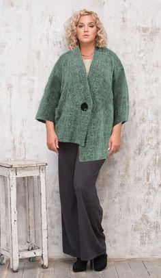 Модная одежда для женщин с пышными формами