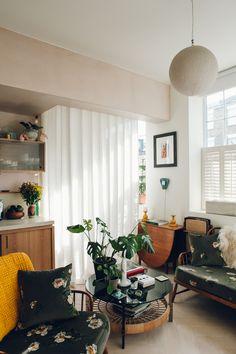 Wilton Way House Tour — Bentley Hagen Hall — Haarkon Adventures Tiny Loft, Apartment Needs, Mid Century Lighting, Custom Cabinetry, Home And Deco, Built Ins, Decoration, House Tours, Interior Inspiration
