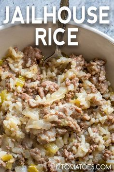 An easy baked rice dish with TONS of flavor! recipes chicken recipes crockpot recipes easy recipes for dinner recipes healthy food recipes Rice Side Dishes, Pasta Dishes, Food Dishes, Main Dishes, Side Dish Recipes, Meat Recipes, Cooking Recipes, Recipes With Rice, Hamburger And Rice Recipes