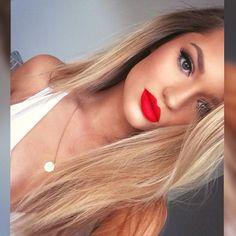 Red Lip Fantasy