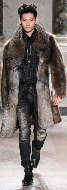 Roberto Cavalli Fall 2015 Menswear. I wont wear fur but I love the look