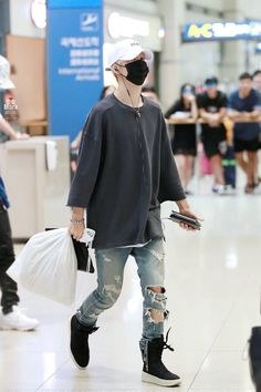 Mark Tuan fashion
