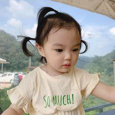 Cute Asian Babies, Korean Babies, Cute Babies, Little Girl Fashion, Family Goals, Nayeon, Future Baby, Chanyeol, Kong Kong