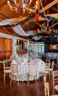 Real weddings: A magnificent wedding in Mount Juliet for Ciara and Justin Mount Juliet, Wedding Decorations, Table Decorations, Big Day, Real Weddings, Table Settings, Home Decor, Decoration Home, Room Decor