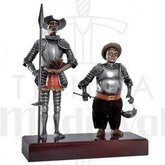 Miniatura Don Quijote y Sancho Panza, 24 cms. - 83,25 €: Miniaturas de Don Quijote y Sancho Panza sobre una peana de madera. Fabricado en… Dom Quixote, Samurai, Sculpture, Medieval, Sculptures, Red Prom Dresses, Horse Art, Elephants, Abstract Art