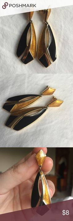 Vintage Dangle Earrings Black & Gold Sparkly gold and black earrings. Push post backing. Jewelry Earrings