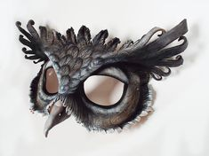 """(2 layers leather, paint) https://www.etsy.com/pt/listing/208716458/giant-eagle-owl-leather-mask?ref=unav_listing-same """"Giant Eagle Owl Leather Mask"""""""