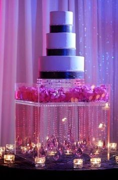 Please help....diy hanging crystal cake stand :  wedding acrylic base cake crystal diy inspiration reception Love The Cake Stand