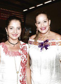 Recientemente se realizó el quincuagésimo cuarto Festival Nacional de la Pollera, evento que todos los años congrega a cientos de damas, quienes lucen el traje típico nacional y compiten por la medalla Margarita Lozano.