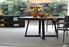 Where Dining Table by Molteni & C