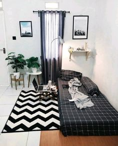 Tiny Bedroom Design, Small Room Design, Home Room Design, Room Ideas Bedroom, Small Room Bedroom, Home Decor Bedroom, Bedroom Signs, Master Bedroom, Minimalist Room