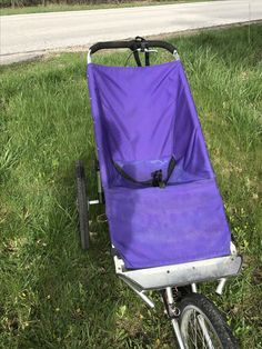 Great deal only $50 jogging stroller buckle up your kids and go for a jog